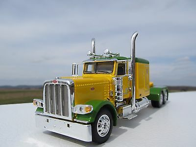 "DCP 1/64 SCALE 389 PETERBILT 63 "" BUNK (DAY CAB OPT) YELLOW AND GREEN"