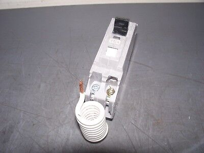 New Circuit Breaker GE THQL1115AF2 AFCI 15 Amp 1 Pole Plug In  (1 Circuit Breaker)