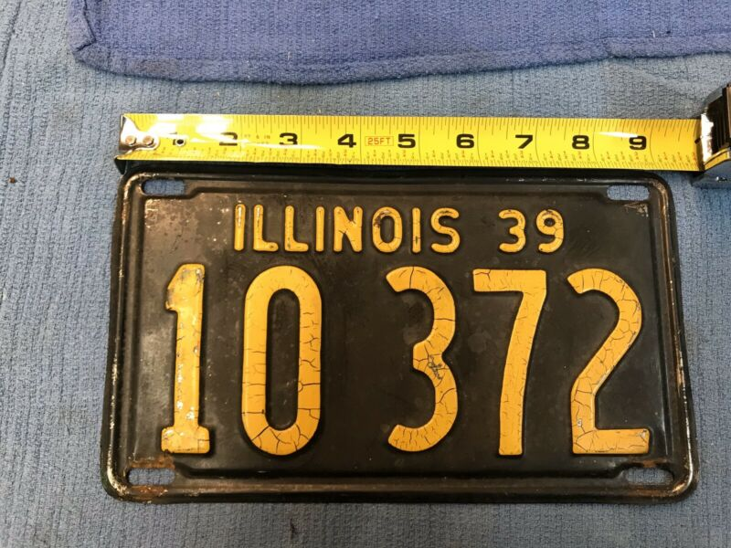 1939 ILLINOIS License Plate 0