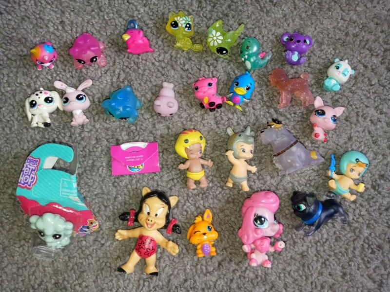 Junk Drawer Toy Lot LPS, Squeezamainals,shopkins, Miscellaneous Small Toys