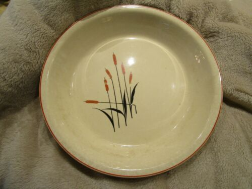"1940s Universal Pottery Cattail Sears Roebuck & Co Oven Proof 10"" Pie Plate"