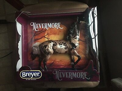 Breyer Nevermore #1800 2018 Halloween Horse [-] Hwin Mold (Halloween Horses)