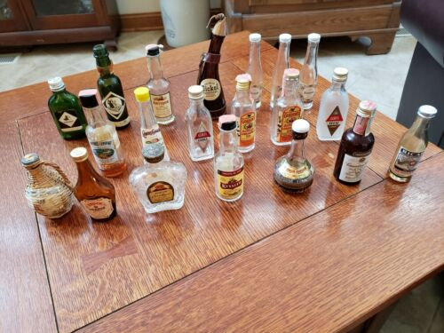 Vintage Lot of 20 Liquor Bourbon Whiskey Gin Vodka Wine Mini Miniature Bottle