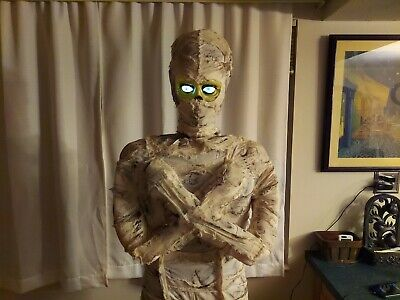 GEMMY LIFE SIZE 6 FT MUMMY ANIMATED LIGHT UP HALLOWEEN PROP. EXC COND.