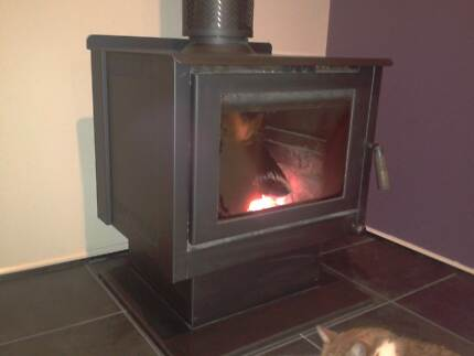 HEAT CHARM WOOD HEATER - FLUE NOT INCLUDED Birdwood Adelaide Hills Preview