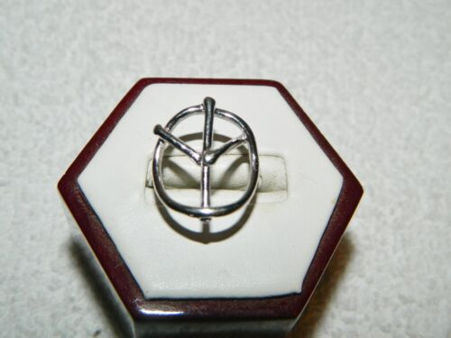 925 Sterling Silver Peace Sign Costume Fashion Ring Size 6.75