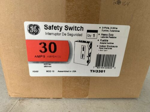 One GE TH3361 30A Heavy Duty Safety Switch Fusible 600Vac/250Vdc, NOS