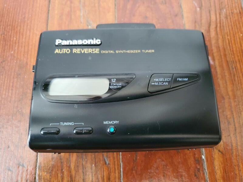 Panasonic RQ-V185 Auto Reverse Walkman Digital Synthesizer Tuner AM/FM Plz Read