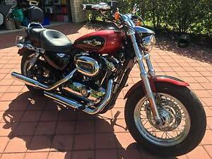 Harley Davidson Sportster XL1200C. Rides as good as new! Baldivis Rockingham Area Preview