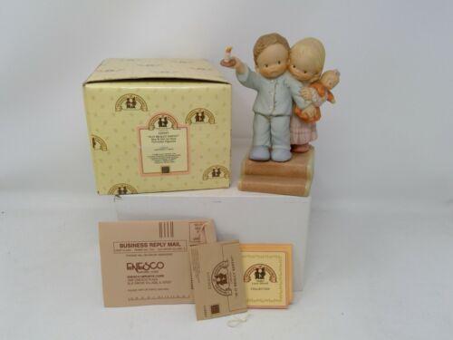 Enesco Memories of Yesterday Figurine - Is It Really Santa - 115347