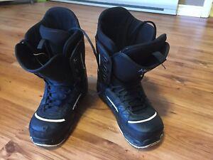 Burton Invader snowboard boots - size 12