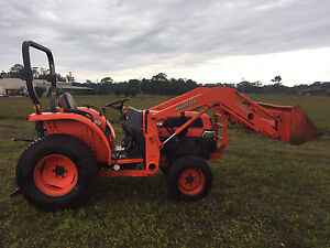 Kubota l3430 tractor with front end loader tractor Mullumbimby Byron Area Preview