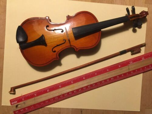 10 MINI VIOLIN WITH BOW AND ROSIN IN CASE - $29.00