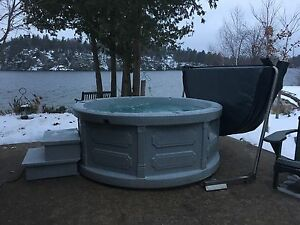 Hot tub rental and sales