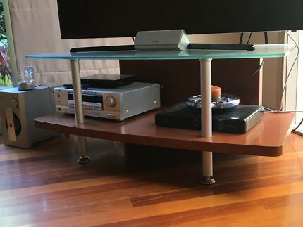 Television / entertainment / stand