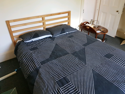 Queen sided bed and mattress (pick up Enmore)