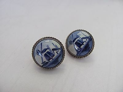 Vintage sterling silver blue white Delft screw back earrings