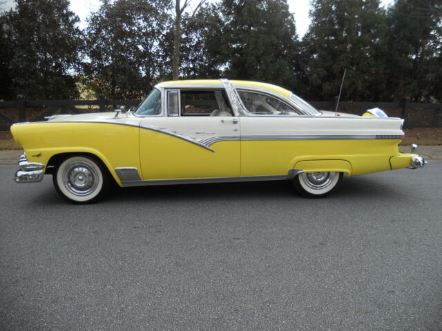 1956 FORD CROWN VICTORIA, BEAUTIFUL RESTORATION, 292 V-8, TRI-POWER, OVERDRIVE