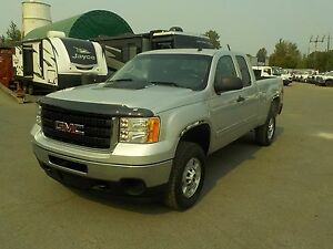2011 GMC Sierra 2500HD SLE Ext. Cab 6.5ft Box 4WD