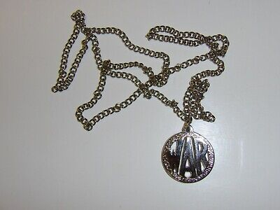 b2624 Vietnam GI WAR Necklace Pendant With Chain IR39A