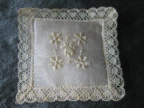 """Vintage Treasure Masters Sachet Pillow 2"""" Square Embroidery Lace Trim Foil Label"""