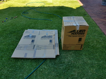 4 x packing boxes