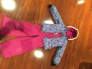 Girl's Gusti winter snow suit.