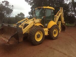 Backhoe loader, truck, tractor farm machinery Coolamon Coolamon Area Preview