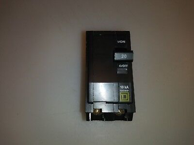 Square D Qo220 20 Amp 2 Pole Type Qo Circuit Breaker Yellow Face White Amp
