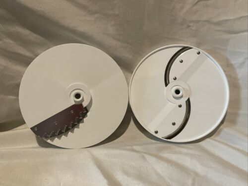 2 Oster 937-82 Thin Slicer Blade & 937-85 French Fry Cutter