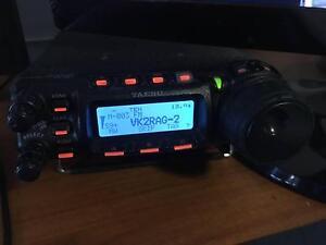 Yaesu FT-857 Amateur Radio - HF/VHF/UHF All mode + DTMF Mic Ettalong Beach Gosford Area Preview