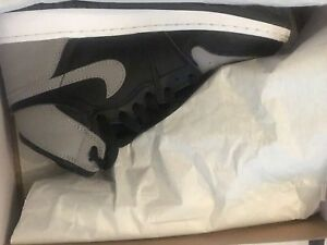 Jordan 1s / Shadows / Retro High Og size 5.5y