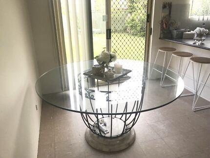 Elegant Round Glass Dinning Table