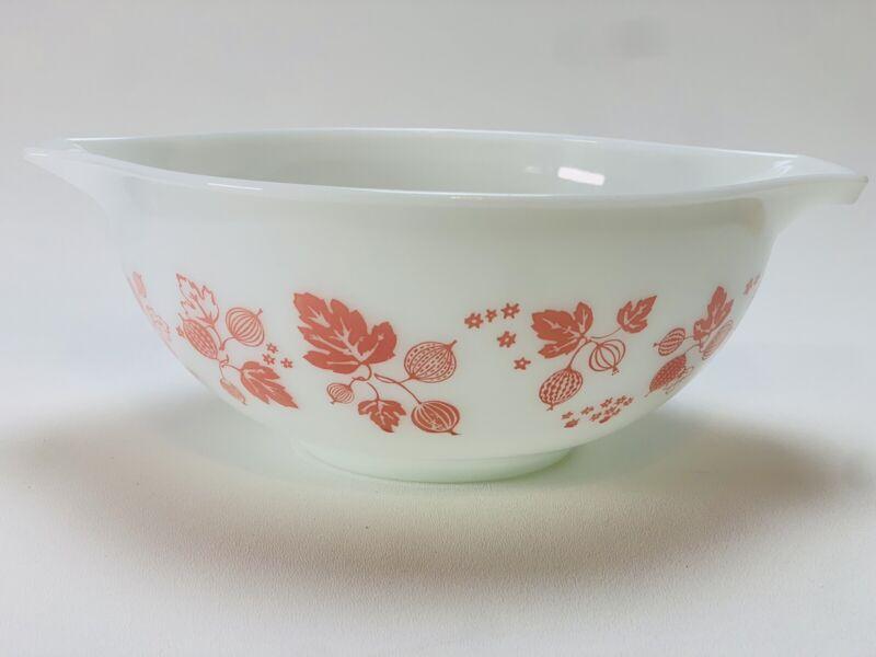 Vintage Pyrex Gooseberry Pink & White 2.5 qt. Cinderella Mixing Bowl # 443
