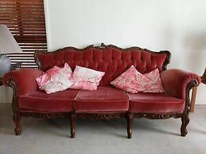 1x 3 seater 2x 1 seater sofa Macquarie Links Campbelltown Area Preview
