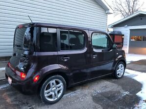 2010 Nissan Cube SL with Tech Package