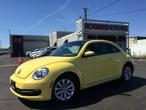 2013 Volkswagen Beetle TDI - PANO ROOF - HTD SEATS - BLUETOOTH
