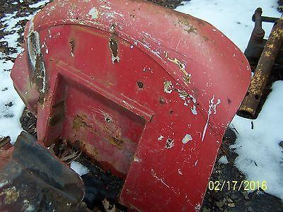 International 42424244442444 Tractor Left Rear Fender
