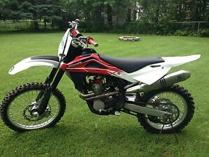 NEW PRICE!  2014 husqvarna 250