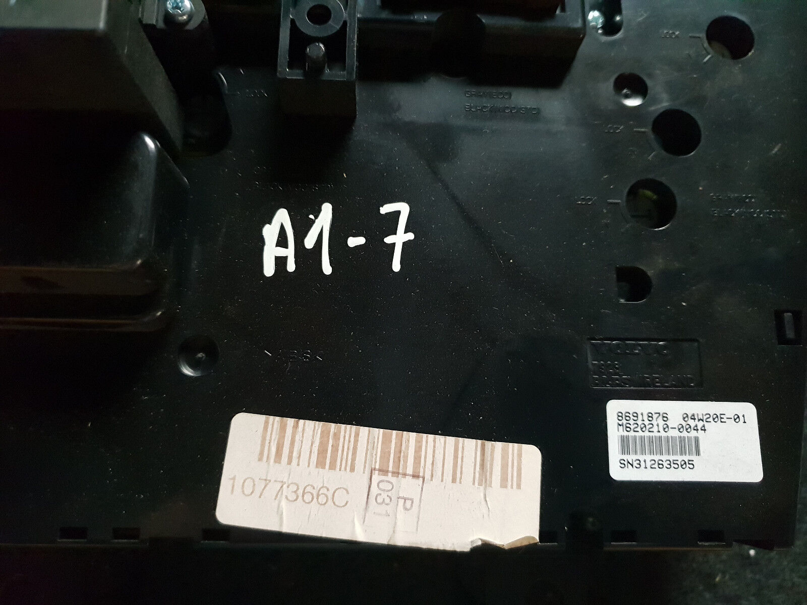 Volvo V70 S60 XC90 Heater Control 8691876