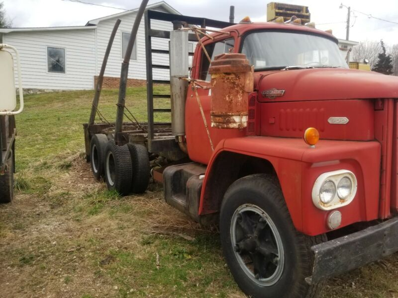 1963 900 Dodge Truck