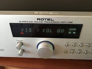 ROTEL Model RSP-1066 High End Pre Amp 2-5-7.2 Channel