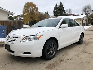 Toyota Camry   4 cylinder   Clean title   Remote start
