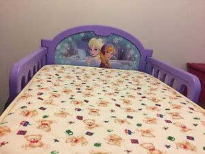 Toddler bed ( frozen) North Yunderup Murray Area Preview