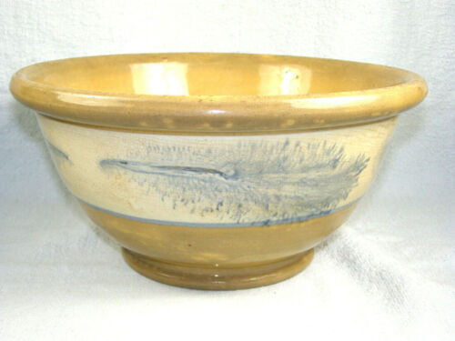 Antique Mochaware Bowl - Yellowware with Feather Design on White Band
