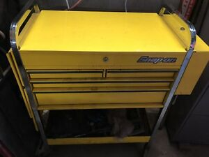 Snap on tool cart
