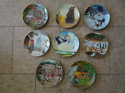 "Gnome Collector Plate Set  - ""SECRETS OF THE GNOMES"" 1986 by Rien Poortvliet"