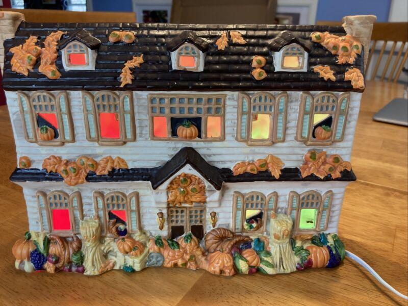 Halloween Christmas Fall Winter Light Up VTG Ceramic House Transfar Corp Blinks