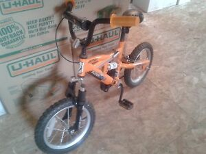 Boys Bike EXCELLENT condition