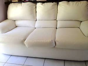 Lounge 1 x 3 seater 2 x recliners Redland Bay Redland Area Preview